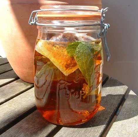 Make your own solar tea
