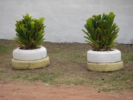 recycled tyre flower pots