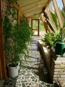 solar gain in earthship